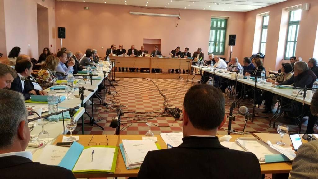 Ψήφισμα για την άμεση επαναφορά των μειωμένων συντελεστών ΦΠΑ στα νησιά του Αιγαίου, εξέδωσε σήμερα το Περιφερειακό Συμβούλιο