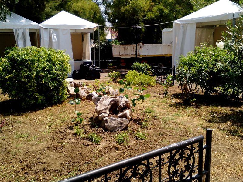 Καθαρισμός και ανάπλαση του κήπου στις εγκαταστάσεις της 50ης Πανελλήνιας Έκθεσης Χειροτεχνίας και Αγροτικής Οικονομίας Κρεμαστής