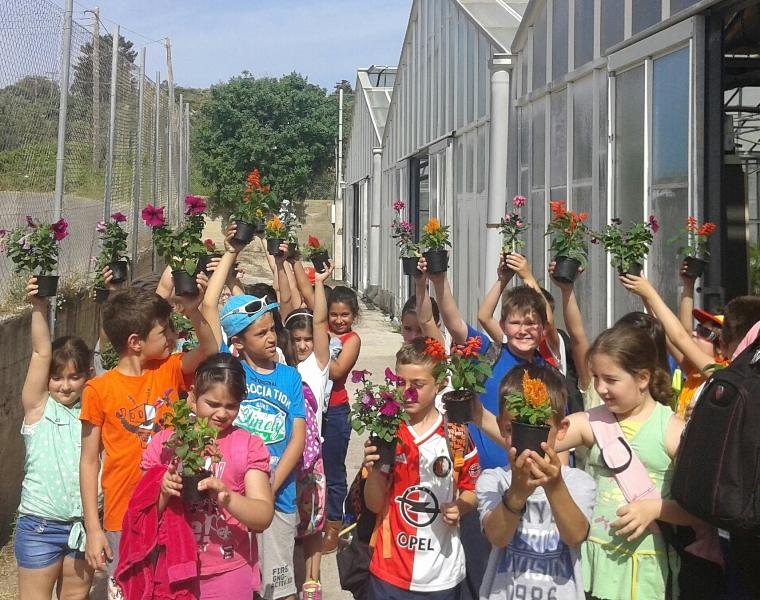 Το Περιφερειακό Φυτώριο Ν. Αιγαίου επισκέφτηκαν μαθητές του Δημοτικού Σχολείου Κρεμαστής