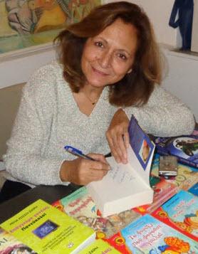 Ρεπορτάζ από την παρουσίαση βιβλίων της Ρένας Ρώσση - Ζαϊρη