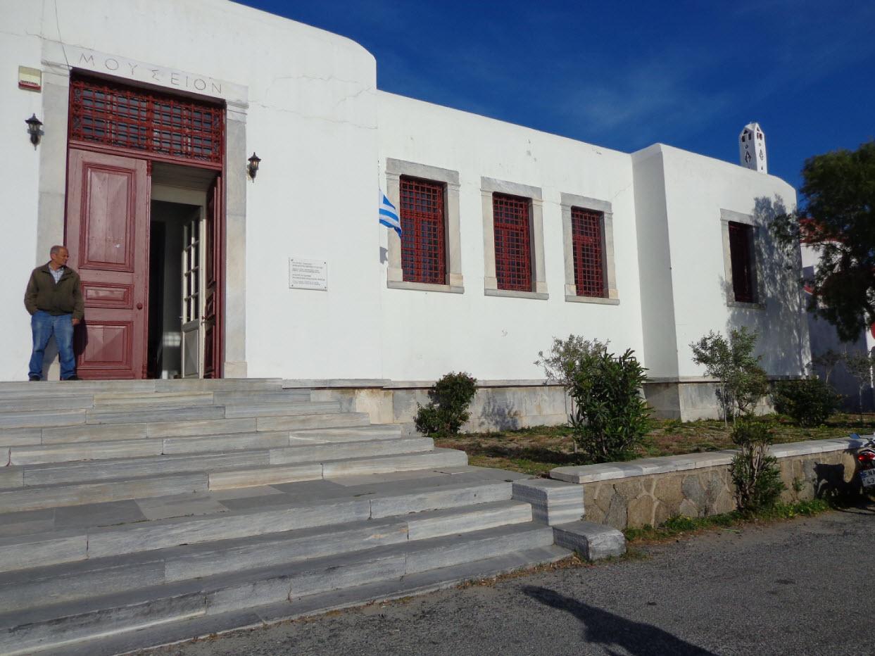 Οι αρχαιολογικοί χώροι και τα μουσεία στις Κυκλάδες που φιλοξενούν απόψε εκδηλώσεις για την πανσέληνο - Ανοικτό και το Αρχ. Μουσείο Μυκόνου