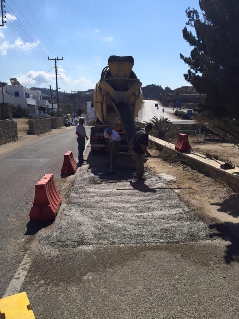 Συνεχίζεται η αποκατάσταση του οδικού δικτύου μετά τις εργασίες της ΔΕΥΑΜ