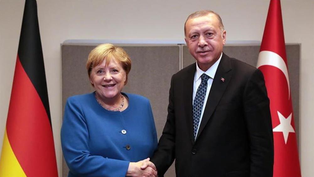 Γιατί η Γερμανία στηρίζει τον Ερντογάν
