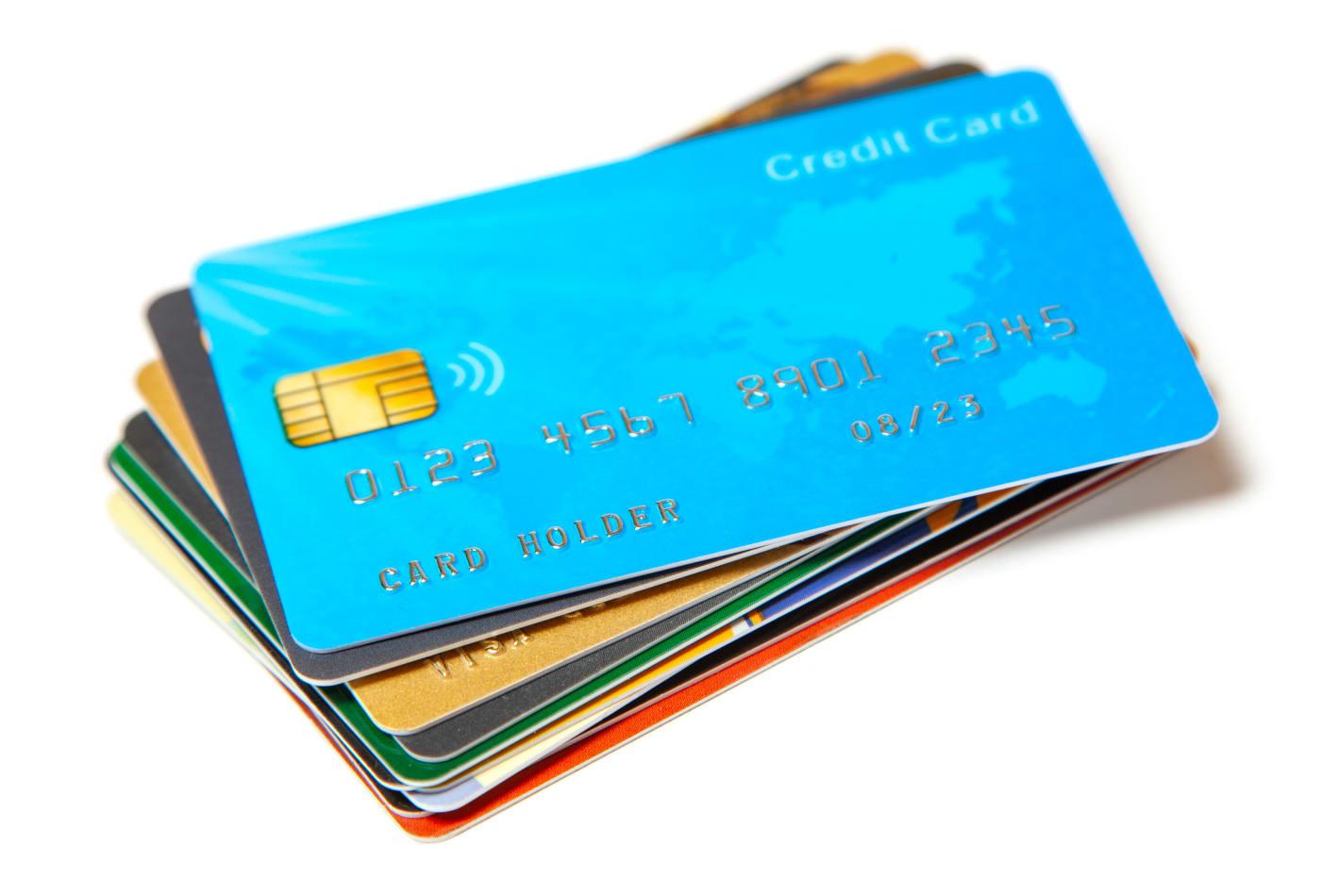 Πλαφόν 20.000 ευρώ για τις ηλεκτρονικές δαπάνες