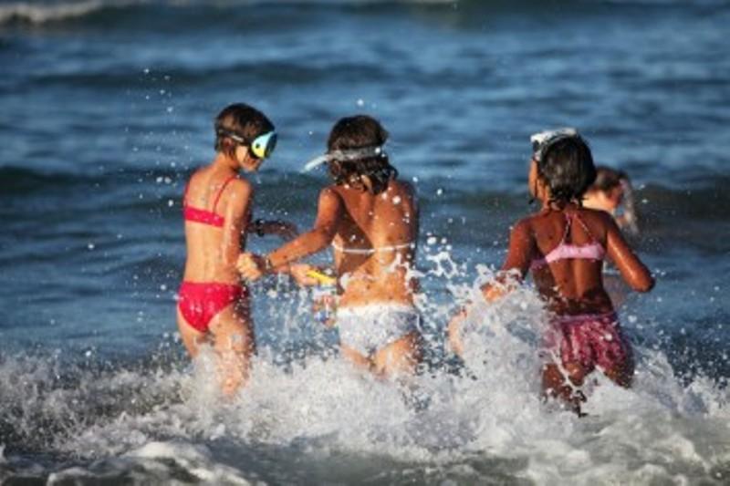Τα παιδιά, το καλοκαίρι οδηγίες προς γονείς