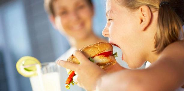 Παιδιά και fast food