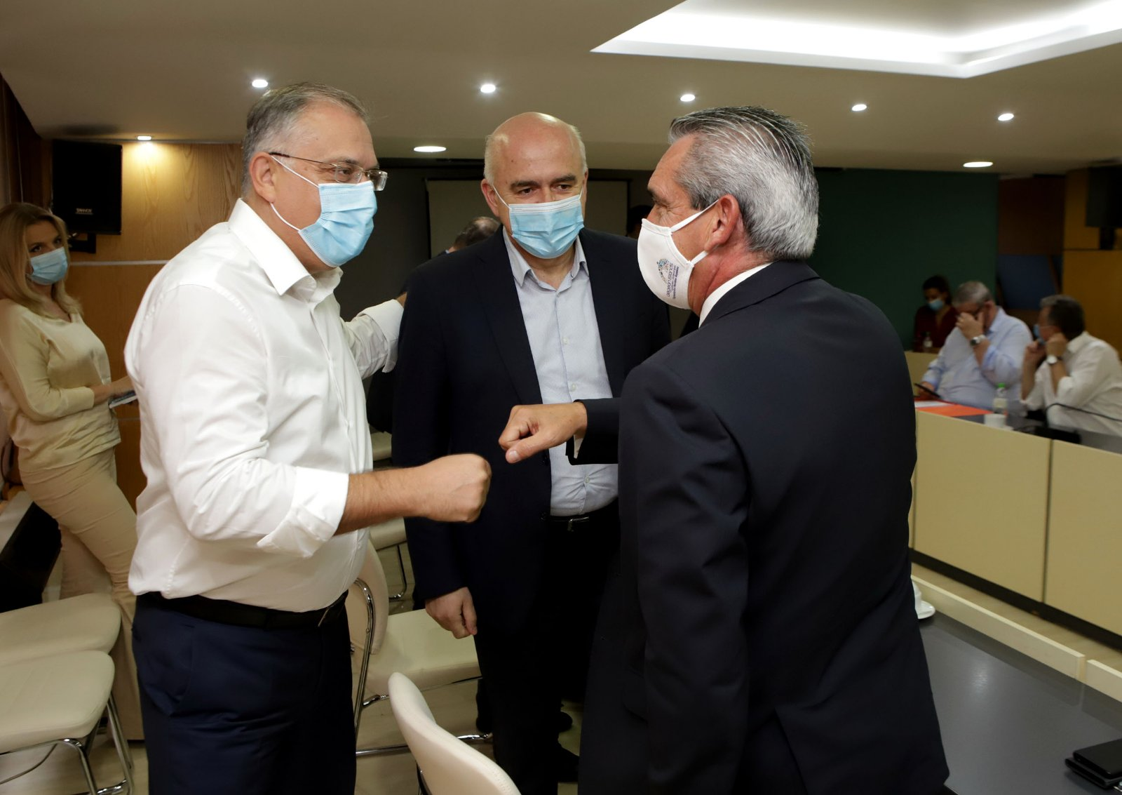 Σε σύσκεψη υπό τον Υπουργό Εσωτερικών ο Περιφερειάρχης Νοτίου Αιγαίου