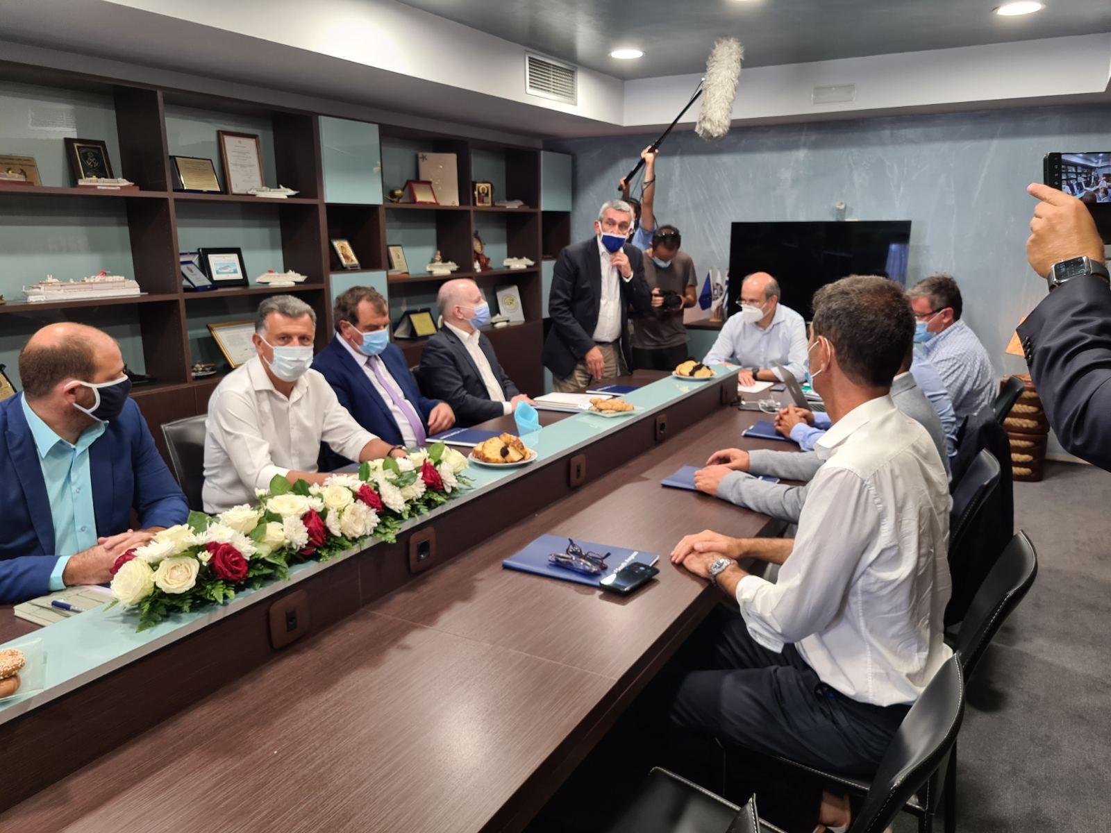 Επίσπευση της δημοπράτησης κρίσιμων έργων διαχείρισης αποβλήτων στα νησιά, σε συνεργασία Περιφέρειας Ν. Αιγαίου και ΦΟΔΣΑ N. Aιγαίου Α.Ε.