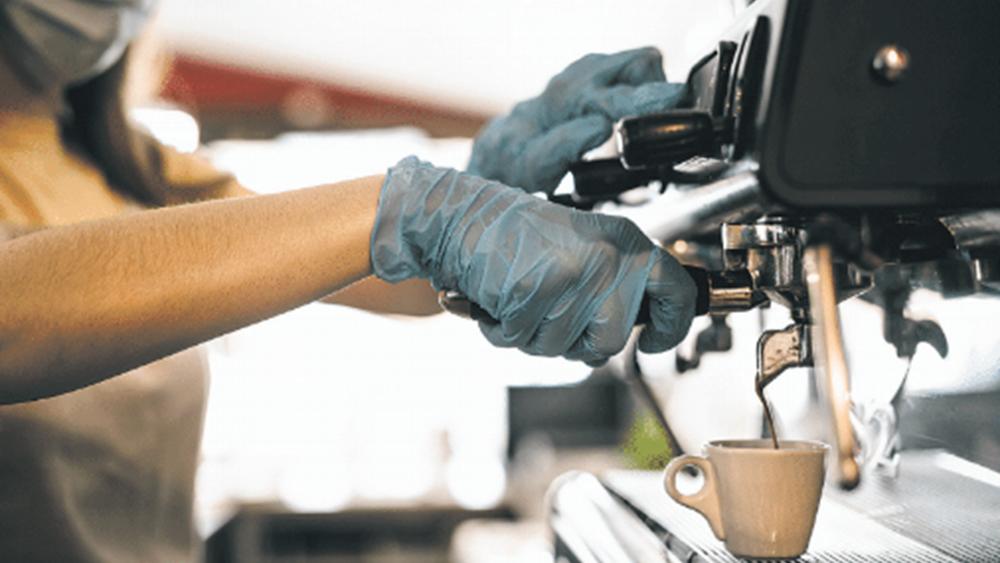 Τι ισχύει με τις απολύσεις για όσες επιχειρήσεις εντάσσονται σε  «πακέτο» στήριξης