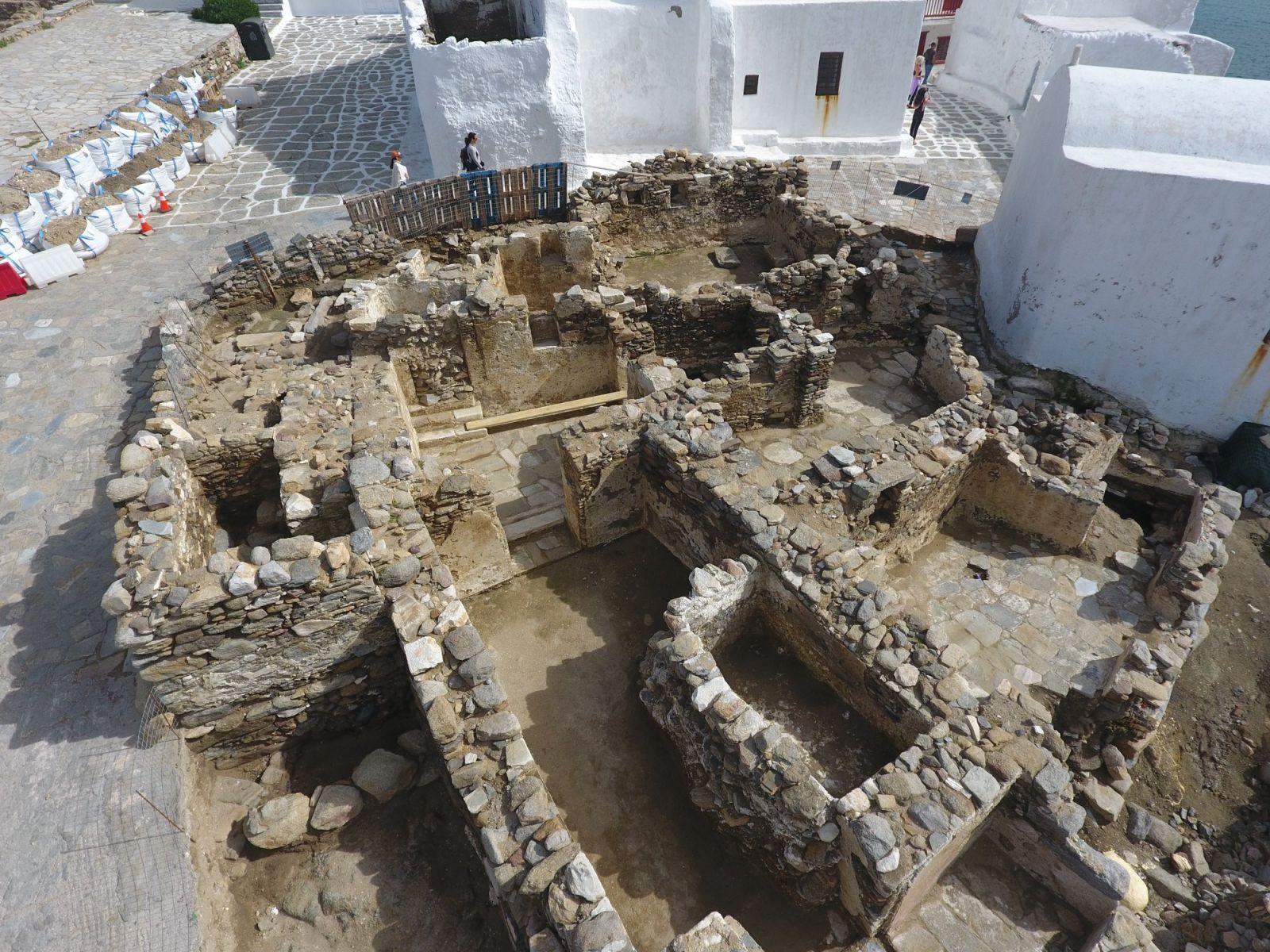 Παρουσίαση για το έργο που υλοποιείται στο κάστρο της Χώρας Μυκόνου