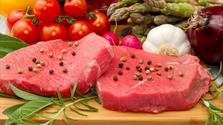 Νέα μελέτη για το κόκκινο κρέας ανατρέπει τα δεδομένα και διχάζει τους επιστήμονες