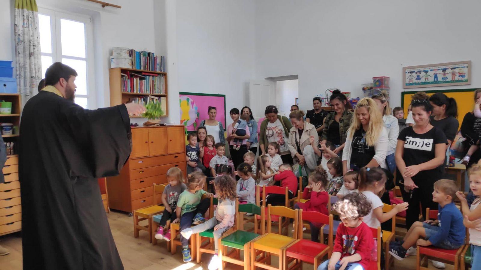 Αγιασμός στους παιδικούς του Ομβροδέχτη και στην Άνω Μερά