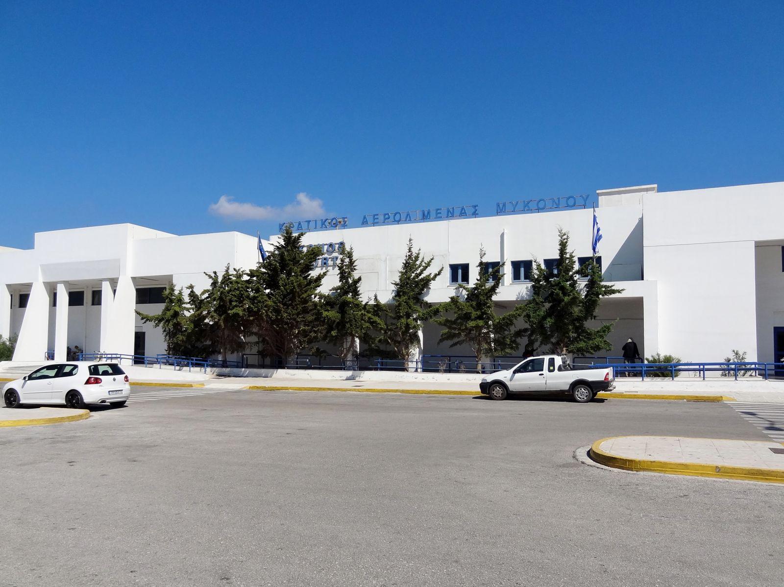 Εξετάζονται μέτρα στήριξης για τα ελληνικά αεροδρόμια