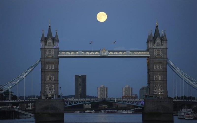 «Σαρώνει» στο Kickstarter εκστρατεία χρηματοδότησης αποστολής για τη Σελήνη