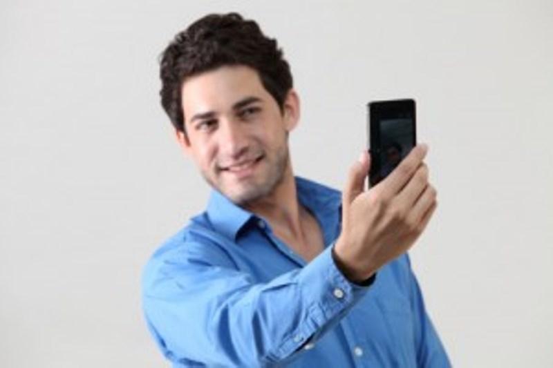 Το ποστάρισμα των selfies, μία σύγχρονη on line διαταραχή