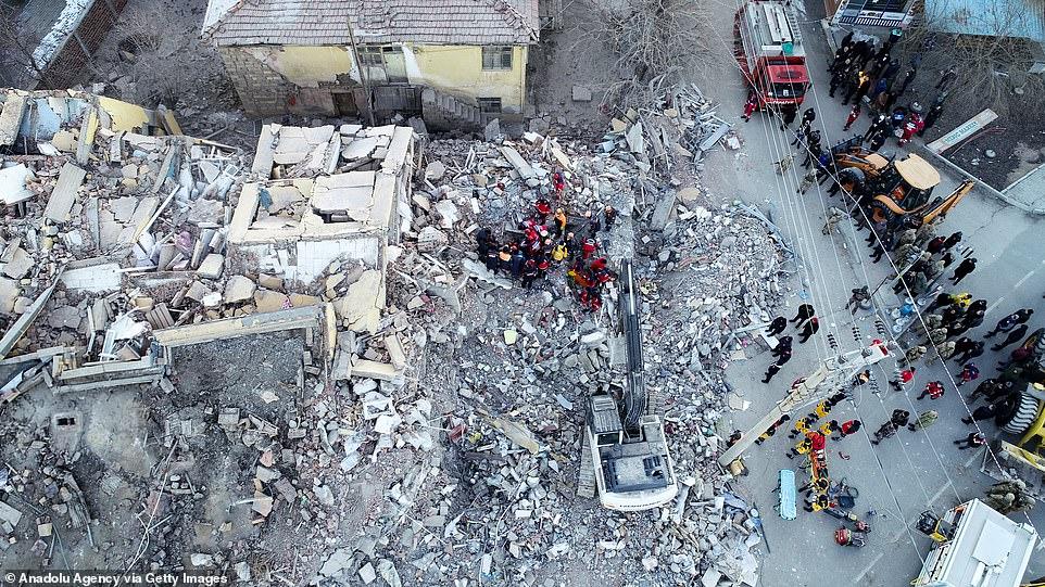 Σεισμός-Τουρκία: Εικόνες βιβλικής καταστροφής κατέγραψε drone (vid)
