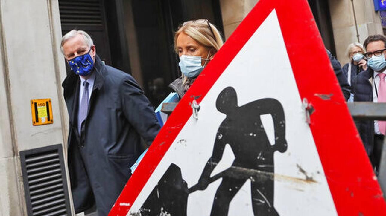 Για Brexit χωρίς συμφωνία πιέζουν οι ηγέτες της Ε.Ε. τηv Κομισιόν