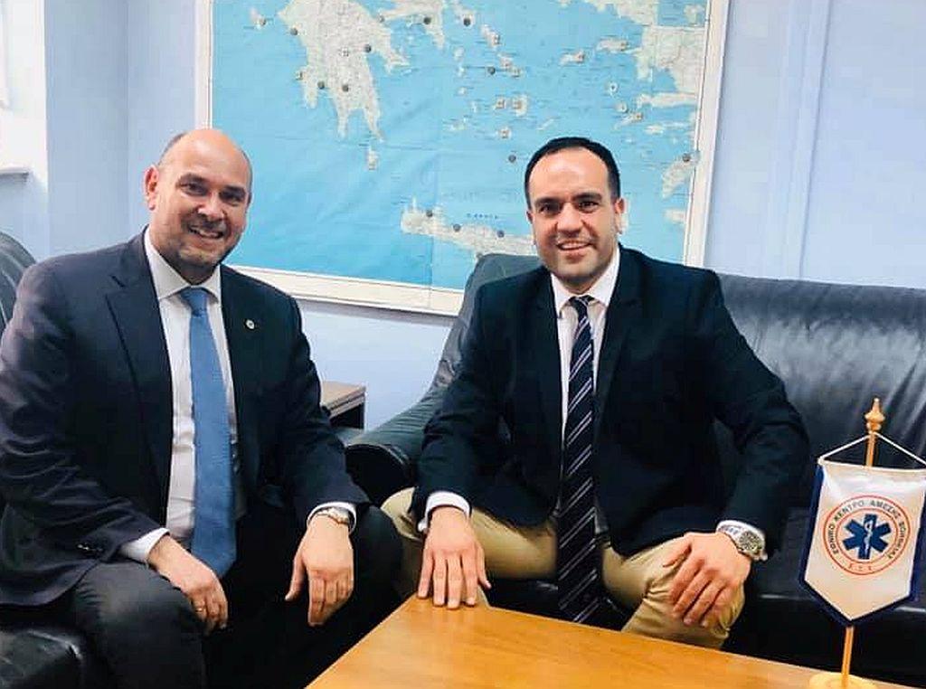 Συνάντηση του Δήμαρχου Μυκόνου με το νέο Διοικητή του Δ.Σ του ΕΚΑΒ
