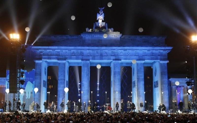 Βερολίνο: Κορυφώθηκαν οι εκδηλώσεις για την 25η επέτειο από την πτώση του Τείχους