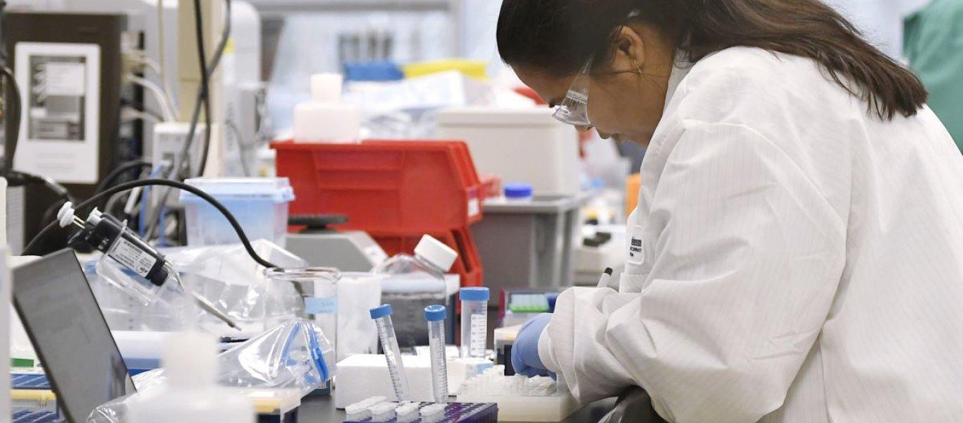 Κορωνοϊός: Η ΕΕ στηρίζει με 4 εκατ. ευρώ έρευνα για τη θεραπεία με τη χρήση πλάσματος
