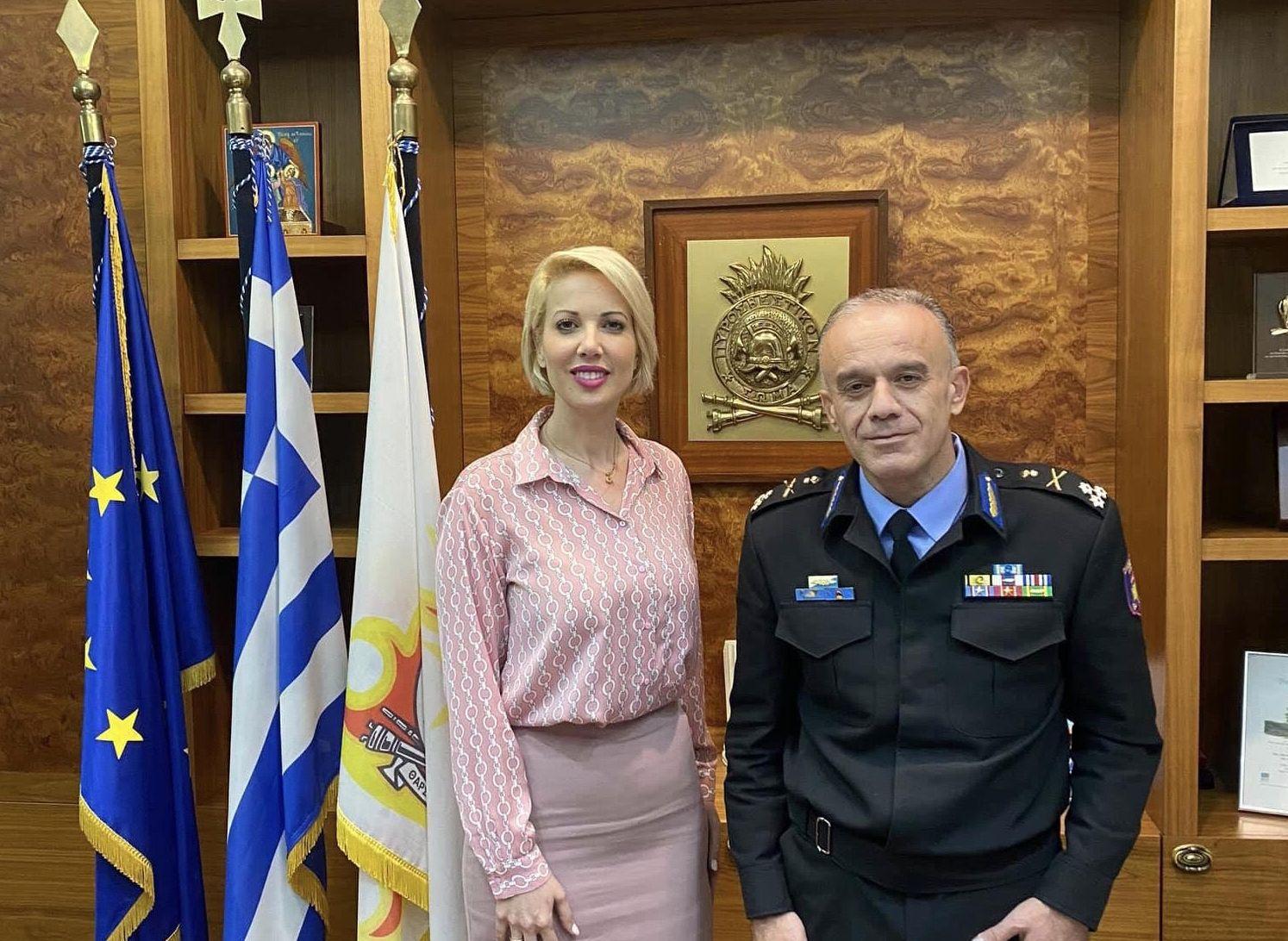 Συνάντηση Κατερίνας Μονογυιού με τον Αρχηγό του Πυροσβεστικού Σώματος