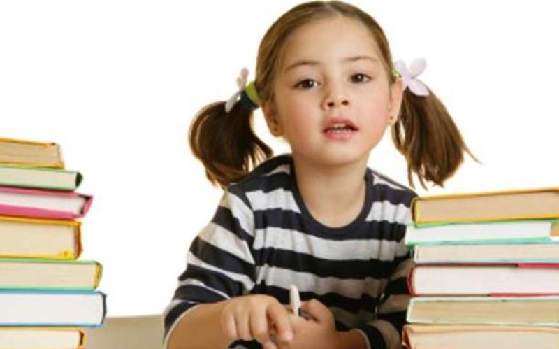 Τεχνικές για να αναπτύξετε τη γλωσσική νοημοσύνη του παιδιού σας