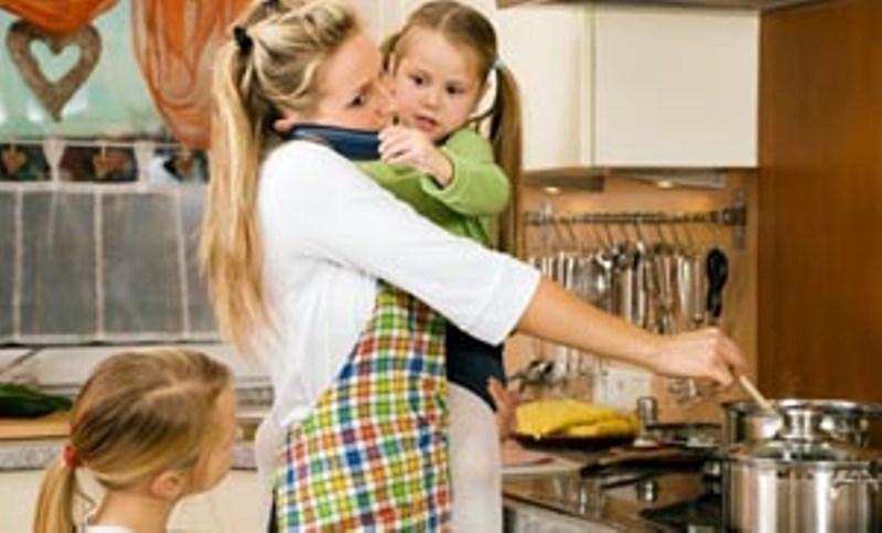 Αγχωμένοι γονείς, παχύσαρκα παιδιά