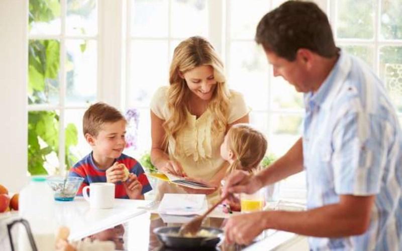 Πως να βοηθήσετε τα παιδιά σας να παίρνουν τις σωστές αποφάσεις