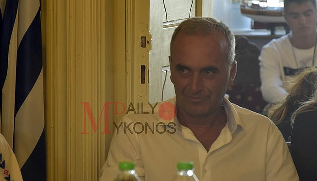 Νέος Πρόεδρος του Δημοτικού Συμβουλίου ο Γιώργος Ρουσουνέλος