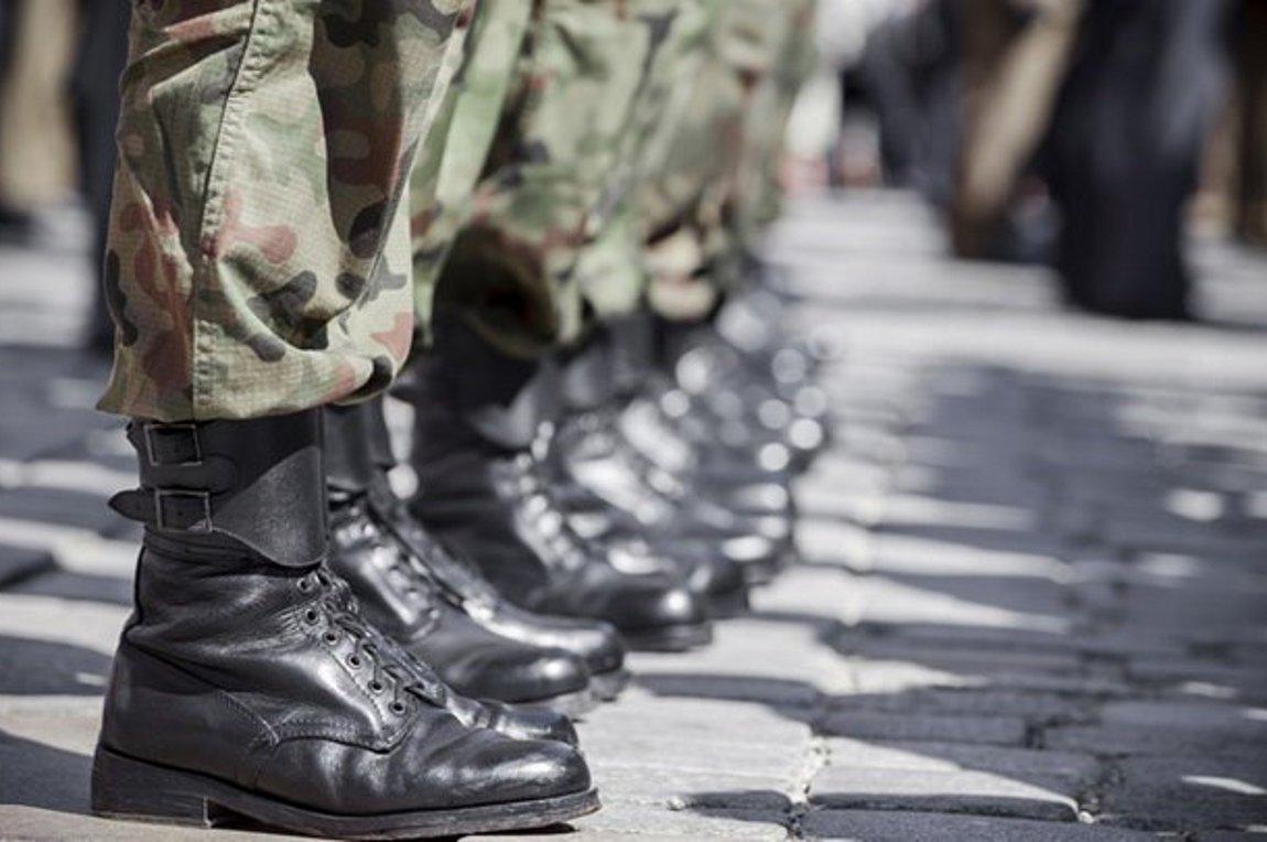 Τι γίνεται με την στρατιωτική θητεία – Όλες οι πιθανές αλλαγές