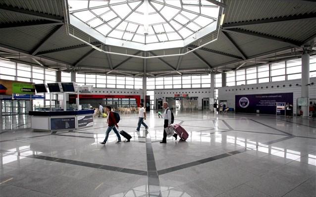 ΣΕΤΕ: Νέα εκτίμηση για 23 εκατ. τουριστικές αφίξεις το 2014