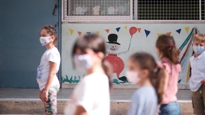 Υπ. Παιδείας: Τα μέτρα στα σχολεία ακολουθούνται με υποδειγματικό τρόπο