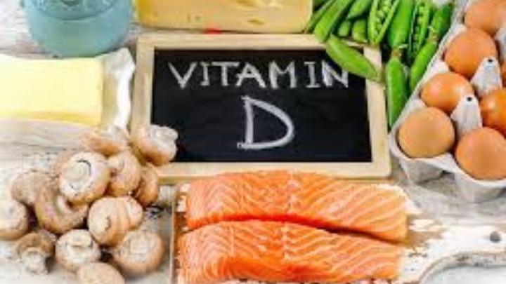 Η έλλειψη βιταμίνης D πιθανώς σχετίζεται με αυξημένο κίνδυνο COVID-19
