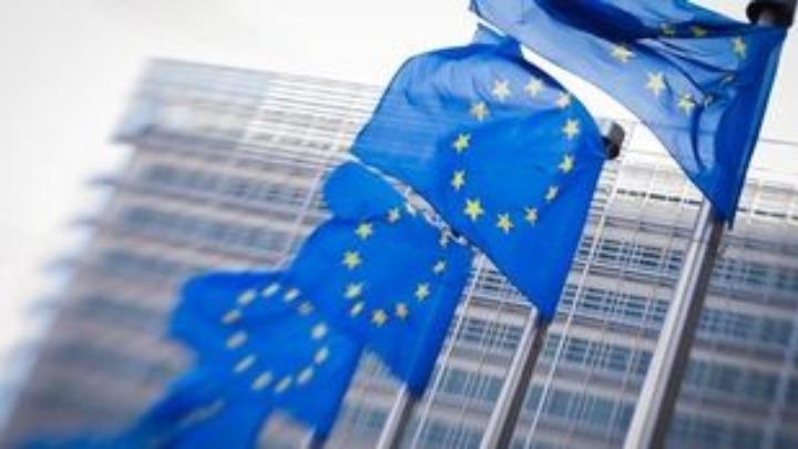 Covid-19: Μέτρα για την ενίσχυση της οικονομίας και ειδικό ταμείο ύψους 25 δισ. για την αντιμετώπιση των επιπτώσεών συμφώνησαν οι «27»