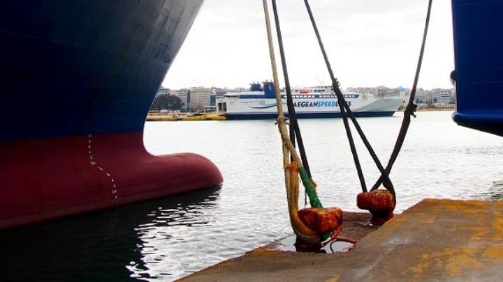 (vid) Μέτρα για περιορισμό των μετακινήσεων προς τα νησιά ανακοίνωσε ο υπουργός Ναυτιλίας