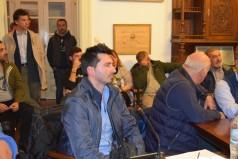 Στιγμιότυπα από την συζήτηση για τις κλοπές στο Δημοτικό Συμβούλιο Μέρος Β'
