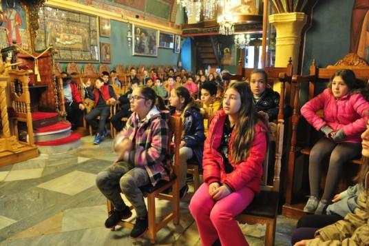 Η Ε' και η ΣΤ' τάξη του 1ου Δημοτικού Σχολείου στη Μεγάλη Παναγιά
