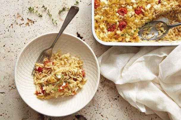 Εύκολο και νόστιμο: Κριθαρώτο με ντοματίνια και τυριά