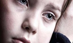 Ψυχολογία: Παιδί και διαζύγιο - πως αντιδρά ανάλογα με την ηλικία του