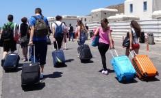 Ένα εκατομμύριο Αμερικανοί βγάζουν εισιτήριο για Ελλάδα