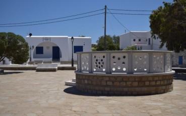 Άνω Μερά: Το χωριό στη μέση της Μυκόνου