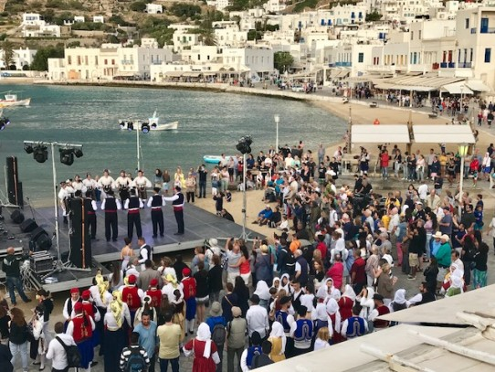 Με μεγάλη επιτυχία ολοκληρώθηκε το διήμερο φεστιβάλ παραδοσιακών χορών