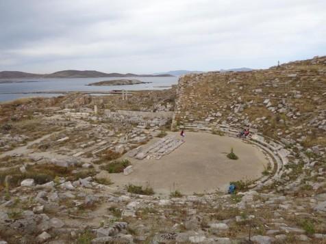 Ανοίγουν τμήματα του αρχαιολογικού χώρου της Δήλου μετά τις διαμαρτυρίες