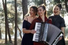 Τρία χαρισματικά πλάσματα μαγεύουν την Θεσσαλονίκη: Η «ΜέθΩδος των Τριών» με αέρα Μυκονιάτικο!