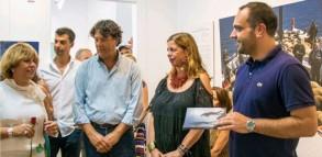 Στιγμές πολιτισμού: Ανθρωπογεωγραφία της Μυκόνου και της Δήλου στη Δημοτική Πινακοθήκη