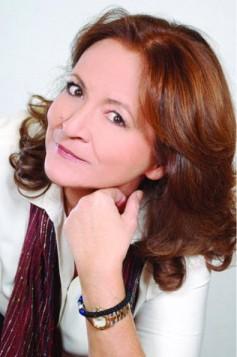 Συνέντευξη της συγγραφέως Ρένας Ρώσση Ζαϊρη στο mykonosdaily.gr