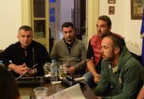 (video) Διαμαρτυρία επιχειρηματιών για την «απαξίωση» της Χώρας